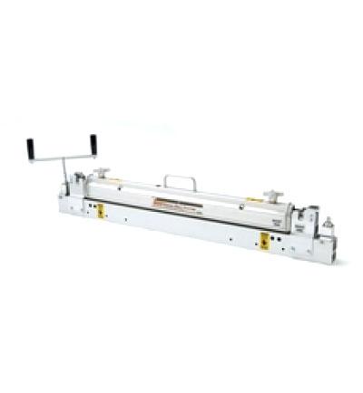 900 Series* Belt Cutter